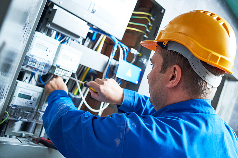 Become An Electrician in Hereford Herefordshire